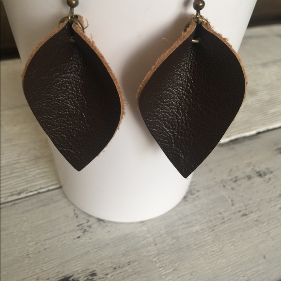 Lightweight Tear Drop Earrings Metallic Silver Leather Earrings Gunmetal Leather Teardrop Earrings Joanna Gaines Inspired Leather Earring